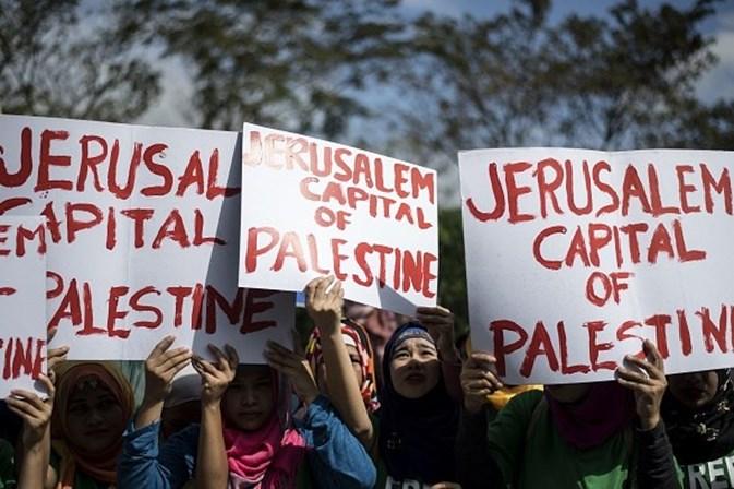 Macron pede a Netanyahu 'gestos corajosos diante dos palestinos'
