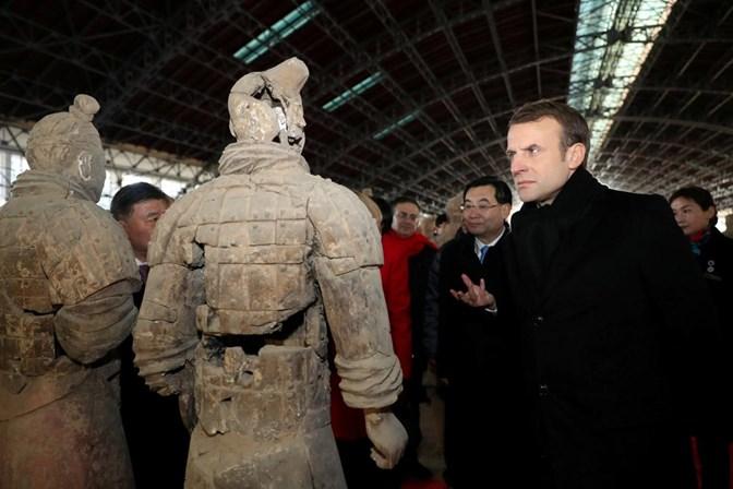 Macron visita a China em busca de uma aliança com Xi Jinping