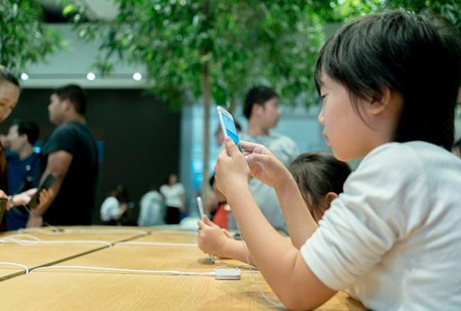 Investidores da Apple cobram medida contra o vício de jovens em iPhones