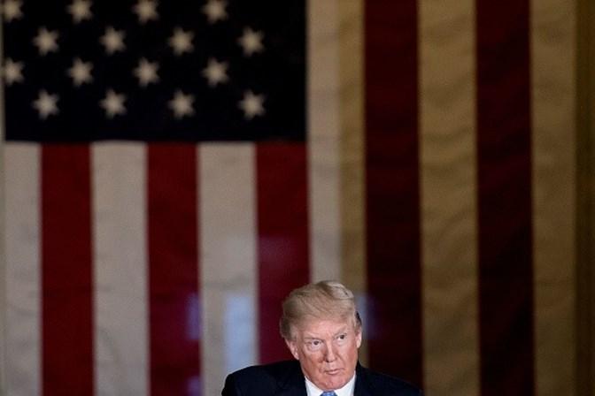 Trump entrega 'Prêmio Fake News' a veículos de imprensa americanos
