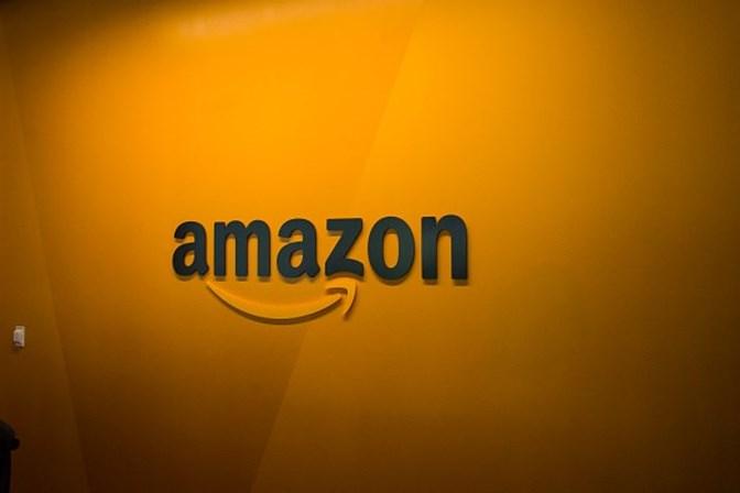 Amazon perde US$ 75 bilhões com contínuas ameaças fiscais de Trump
