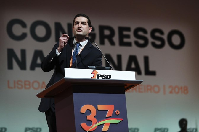 Hugo Soares acusa direção do PSD de