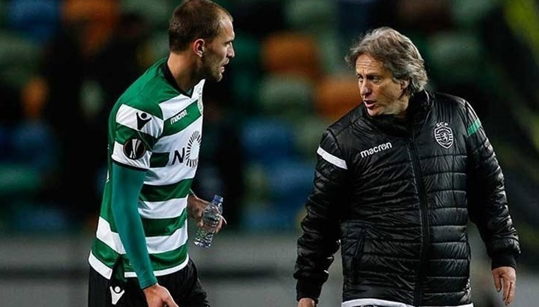 Bruno de Carvalho manda jogador para Espanha