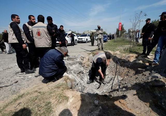 Explosão na passagem do comboio de premiê palestino deixa feridos em Gaza