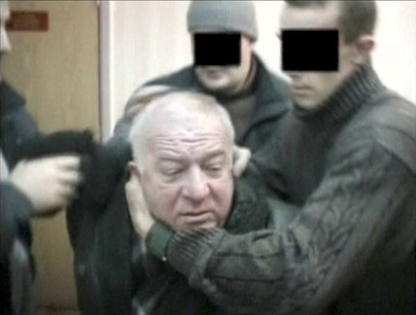 Otan limita equipe da Rússia e expulsa sete diplomatas