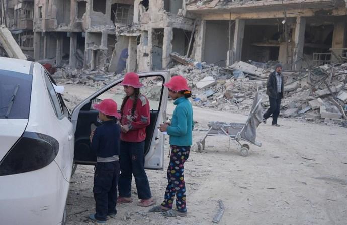 Mais de mil rebeldes sírios deixam a Guta Oriental