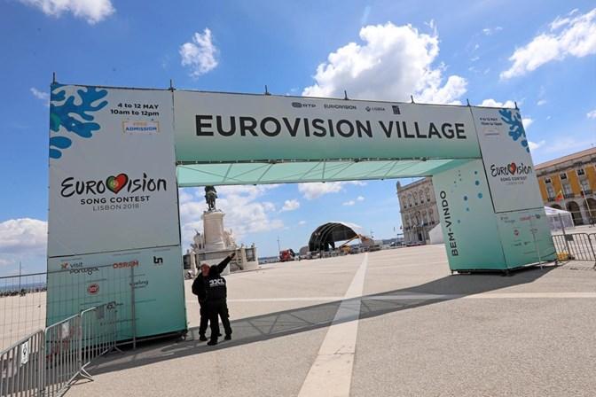 Acidente. Concorrente da Eurovisão magoa-se no ensaio e fica sem andar