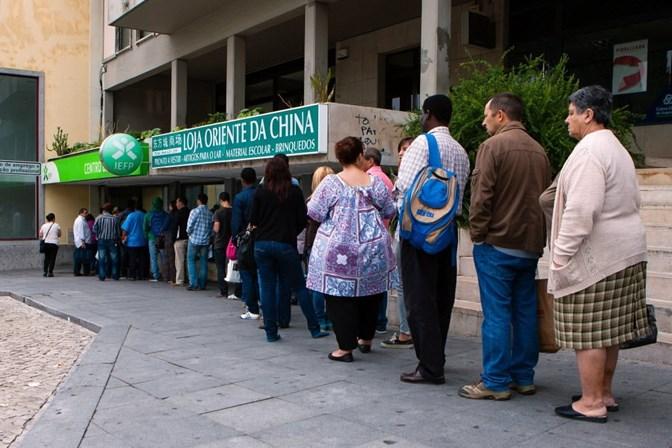 Taxa de desemprego cai para 7,9% no 1.º trimestre