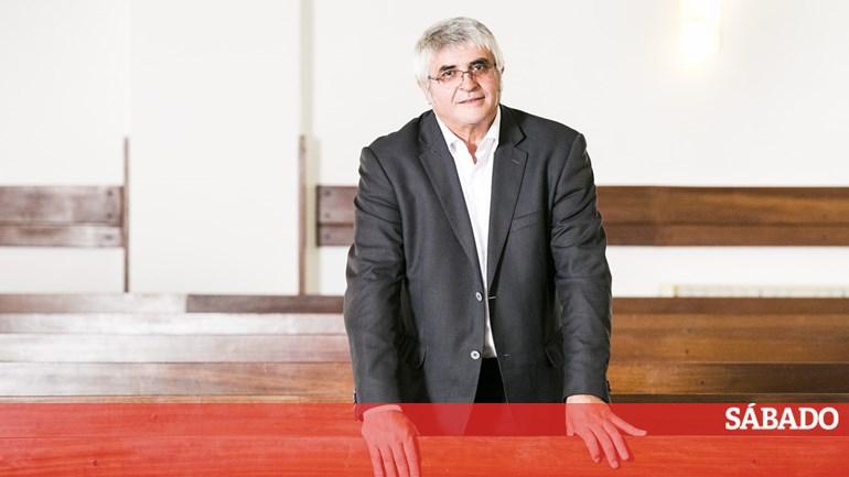 Escândalo na Cáritas  a primeira entrevista ao ministro das Finanças da  Igreja - Dinheiro - SÁBADO 5762b05be12a7