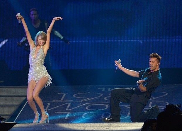 Ricky Martin e Taylor Swift no American Airlines Arena, em 2015