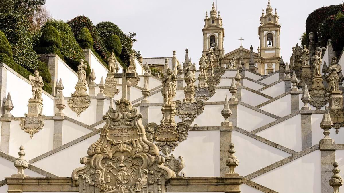 Resultado de imagem para Houve dúvidas e questões para resolver, mas, de Mafra a Braga, Portugal tem dois novos locais que são Património Mundial da UNESCO