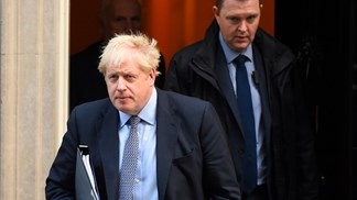 Boris Johnson confirma pedido para adiamento do Brexit