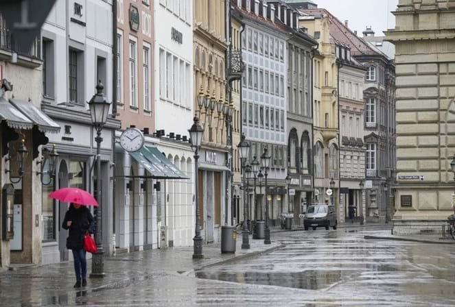Novos casos de covid-19 na Alemanha voltam a abrandar - Mundo - SÁBADO