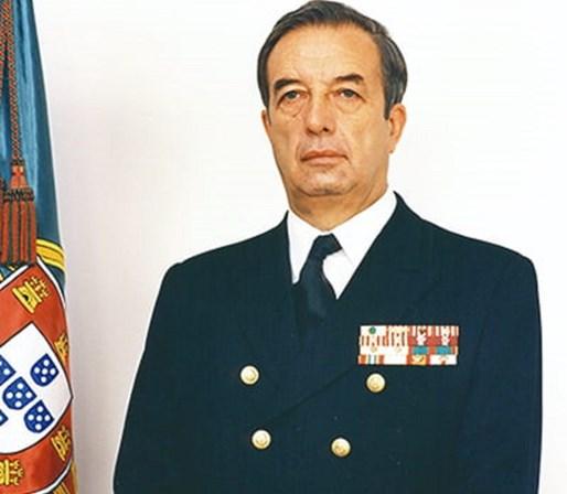Morreu o almirante Vieira Matias, antigo chefe do Estado-Maior da ...