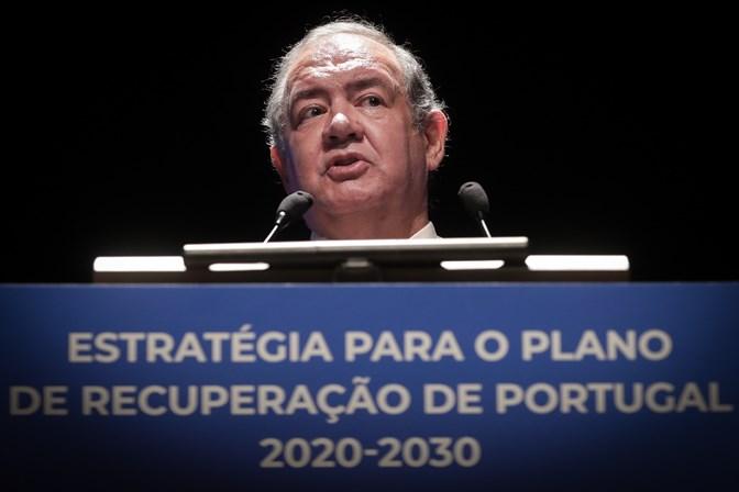 Costa E Silva O Estado E A Nossa Unica Barreira De Protecao Portugal Sabado